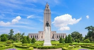 'Modern-Day Slavery': Many Southern States Have Prison Inmates Working in Governor's Mansions and Capitol Buildings