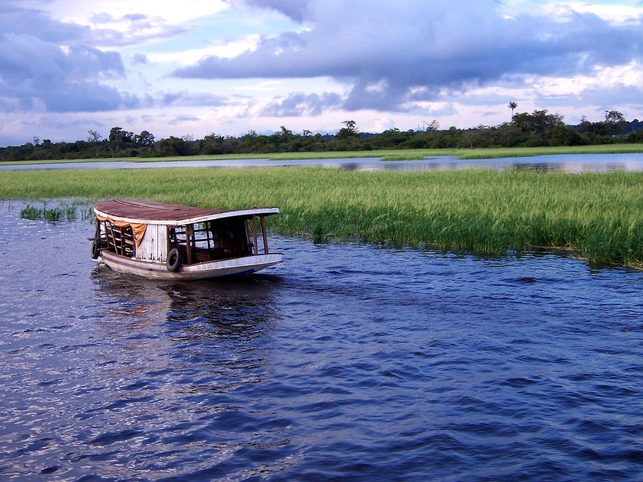 Feminización de la migración, tráfico y trata de mujeres en la Amazonía